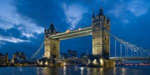 Tower_Bridge_London_England_03