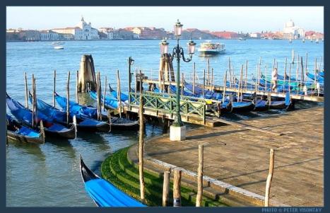 Italy_Venice_Gondolas